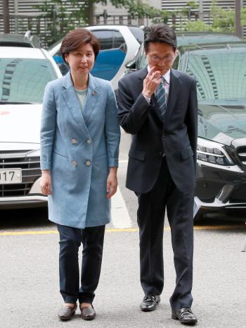 `패스트트랙 수사` 백혜련.윤소하의원 警 출석