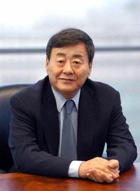 """""""유부녀가 원하는 건 강간"""" 김준기 처벌 靑청원"""