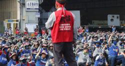 조선업계 하투 예고…현대重 노조, 6년 연속 '파업 시동'