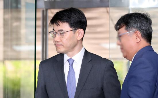 '수사기록 유출' 현직 부장판사 재판, 공소장 일본주의 논란 일단락