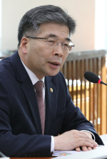 """민갑룡 """"화성 8차사건, 檢 책임도 있어…검경 다툴 사안 아냐"""""""