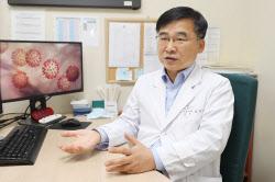 """김우주 감염내과 교수 """"'KF80' 권장..면마스크 위험"""""""
