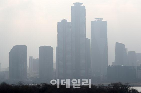 """""""사실상 올스톱""""…코로나19 장기화 조짐에 증권사IB '식은땀'"""