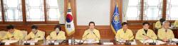 """정세균 """"매주 일요일 경제상황 점검회의 개최…마련한 대책 신속 이행"""""""