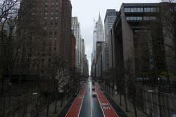 뉴욕주 코로나19 사망자 1000명 넘어..美전체 3분의 1 이상