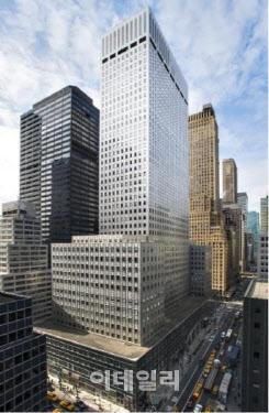 [마켓인]한화운용, 뉴욕 모빌빌딩 우선배당주 투자…기대수익 7.5%