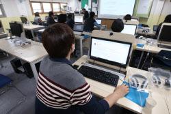 [포토]온라인 개학 앞두고 원격 수업 준비 마친 교사들