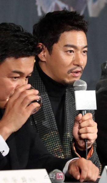 """주진모·하정우 휴대폰 해킹범 붙잡혀…""""6억원 갈취"""""""