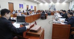 [김현아의 IT세상읽기]법안심사소위의 재발견