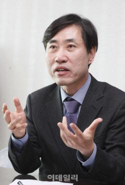 """하태경 """"윤미향 감싸는 민주당, 국제적으로 망신살 뻗쳐"""""""