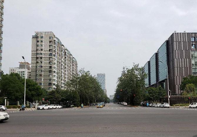 中 교민, 베이징서 전세기 타고 귀국…삼성 계열사 '도움'