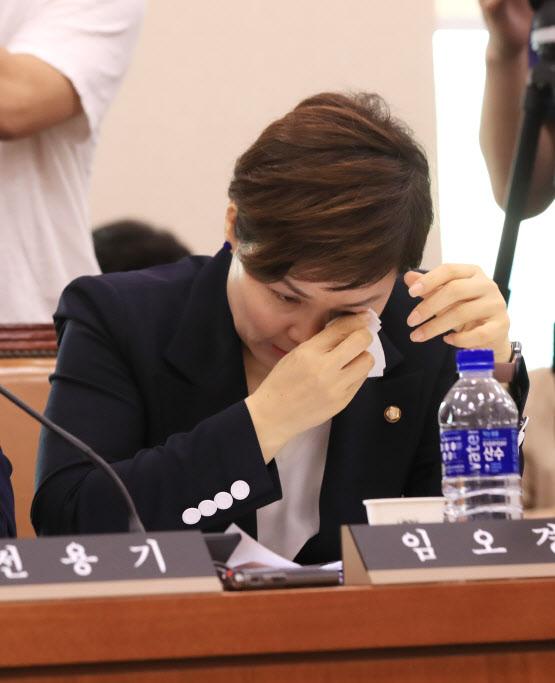 """임오경 '눈물'..故최숙현 그사람들 """"사과할 마음 없다"""""""