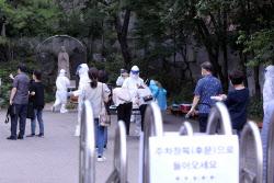 고양 원당성당서 5명 추가 확진..'성당 첫 집단감염'