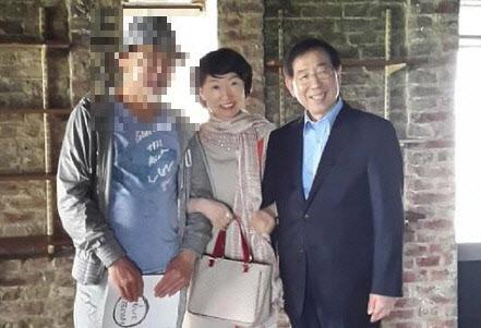"""""""女가 추행이라면 추행!""""..朴 고소인 비꼰 검사 징계 요청"""