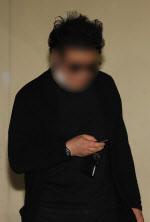 """""""억울하다"""" 사과없던 경비원 폭행 가해자, 반성문은 2회 제출"""