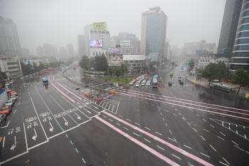 여름휴가 시작, '한산한 도심 도로'