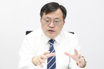 """'의무휴업' 확대 왜?…""""백화점·면세점 직원도 정기휴무 필요"""""""