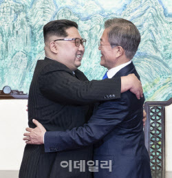 """北, 사전통보 없이 3차례 황강댐 방류…통일부 """"불행한 일"""""""