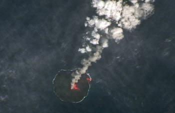 일본 니시노시마 화산 분화 중, 한반도 영향은?