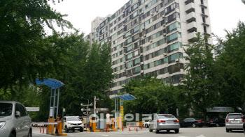 '50층 재건축' 시작부터 삐걱…국토부-서울시 '불협화음'