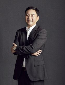 돌연 새 사장 부임 취소한 벤츠 코리아, 직무대행에 김지섭 부사장