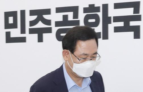 """주호영 """"류호정 원피스, 박원순 조문 관련 민주당원들이 문제삼아"""""""