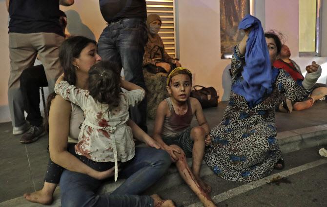 폐허가 된 베이루트..대규모 폭발에 이재민 30만명·피해액 17조원