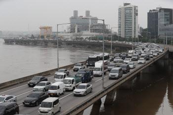 강변북로, '교통통제 전면 해제'