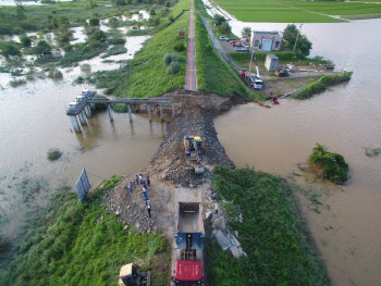 '열흘간의 비극'…폭우로 사망 31명·실종 11명·이재민 6946명