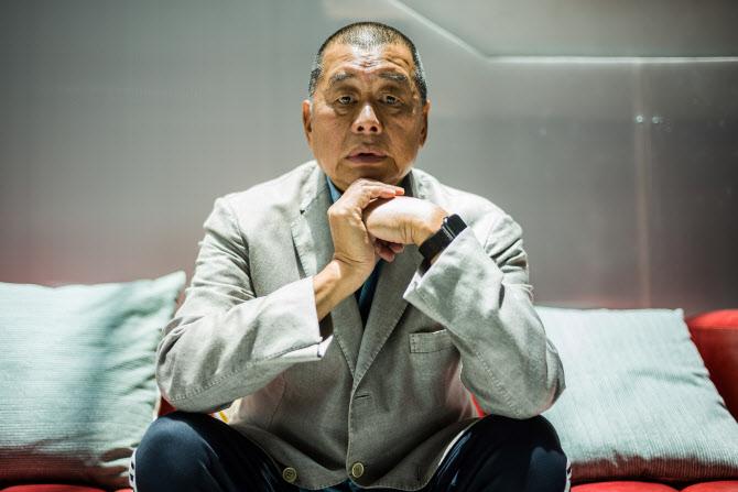 '지오다노' 창업주 홍콩국보법 위반 체포…그는 왜 '반역자'가 됐나