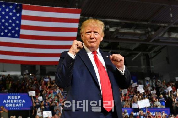 美 대선 예언가는 증시…'트럼프 재선에 무게'