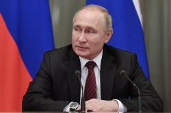 코로나 백신 나왔다는 푸틴, 못 믿겠다는 세계