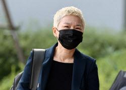 """김재련 변호사 """"사망한 공무원 사생활, 함부로 말하지 말라"""""""