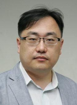 [데스크 칼럼]삼성전자 '0.000086%' 지분도 대주주라는 정부