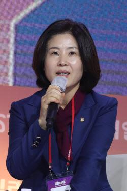 """[9th W페스타]김미애 의원 """"싱글워킹맘인 나를 보고 힘내달라"""""""