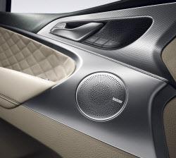 '차 안을 콘서트홀로' 더 뉴 G70, 렉시콘 사운드 시스템 적용
