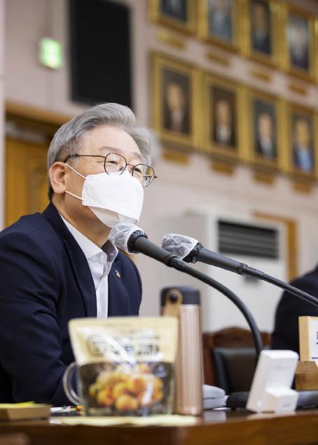 """이재명, 기승전 '검찰개혁'…""""전직 대통령 잔혹사 끊자"""""""