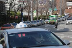 [포토]코로나19로 빈 택시 증가