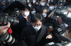 尹 직무배제 위법 재판 돌입…법무부 측 기각될 것