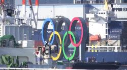 확진자 쏟아지는데…도쿄에 등장한 '대형 올림픽 마크'