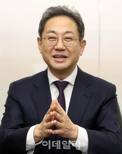"""①퇴임 앞둔 안건준 회장 """"정부 규제 개혁 실망"""""""