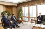 """이란 """"한국과 동결자금 이전·사용 합의""""…韓선박 풀리나"""