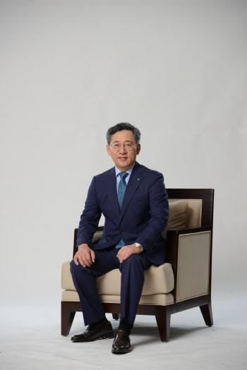 하나은행장 된 박성호, 포스트 김정태 구도 변화 줄까(종합)