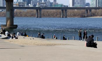 [내일날씨]낮 기온 10~15도로 포근…강원 영동·제주 비