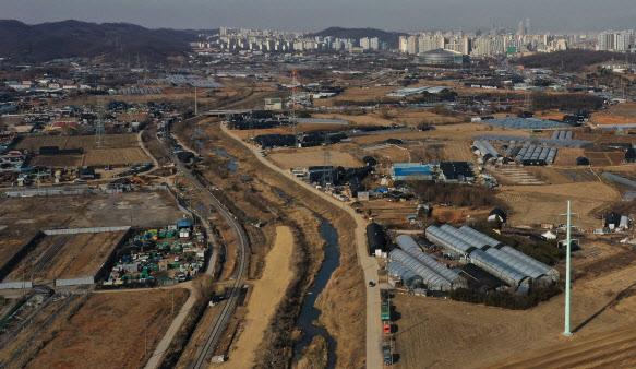 토지보상 노렸나…LH 직원, 광명·시흥 100억 땅 '사전투기'