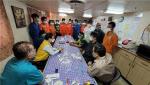 """외교부 """"이란 억류된 韓선박 미얀마선원 5명, 본국 도착"""""""
