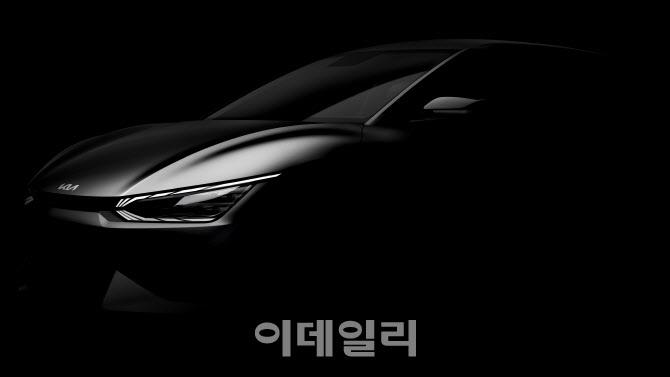 [말랑리뷰]'아이 오닉 5'가 흥행인가? .. 기아차 'EV6'를 보면 (영상)
