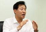 부잣집은 '자제' 가난한집은 '아이'…오세훈, 인터뷰 논란