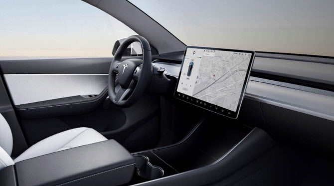 LGD는 Tesla, '성취 잭팟'에서 실행됩니다… 車 Display'Excitement '
