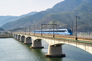 KTX-이음 개통 100일…중앙선 열차 이용객 22%↑
